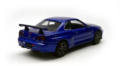 R34 Skyline GT-R V-spec Ⅱ (BNR34)  R34の青。。ってとこだけ